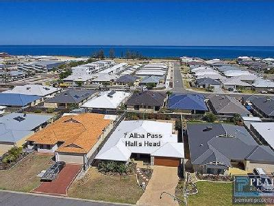 7 Alba Pass, Halls Head, WA, 6210