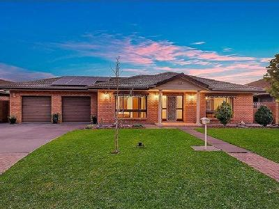 Brogan Court, Grange - Auction