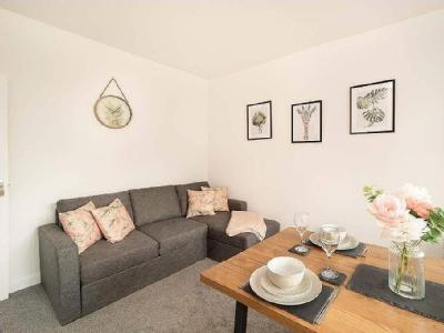 , B17, Birmingham - Garden, Furnished