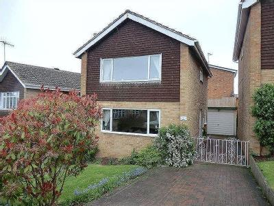 Field Close, Horninglow, DE13 - Patio