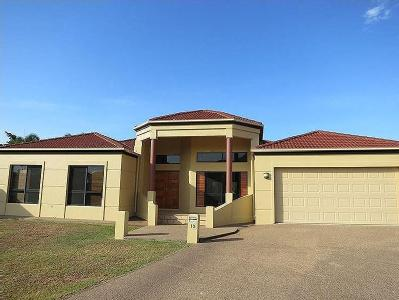 Sunbury Court, Annandale