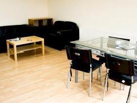 Clarendon Road, Leeds LS9 - Furnished