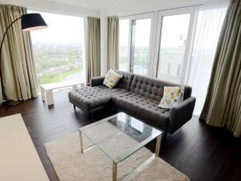 Devan Grove, London N4 - Penthouse