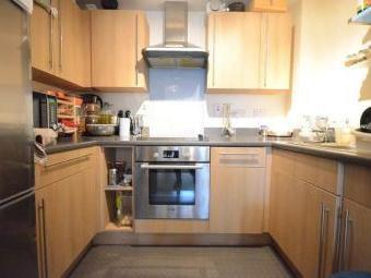 Mill Street, Slough SL2 - En Suite