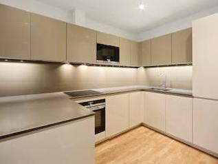 Flat to rent, Battersea Sw18 - Porter