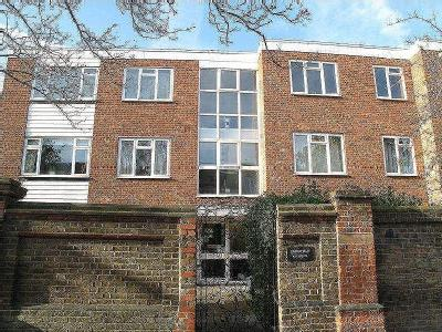 Sutton Court Road, Chiswick, W4
