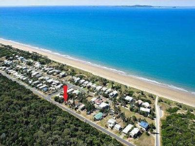 25 Mirraweena Avenue - Near Beach