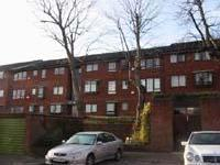 Whitehaven Close, Bromley BR2 - Flat