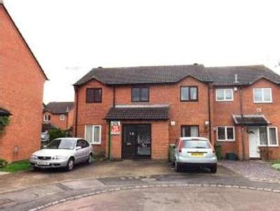 Flat for sale, Maythorn Drive