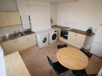 Queen Isabels Avenue, Coventry Cv3