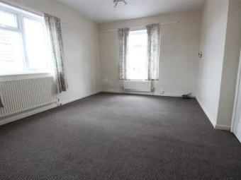 Laughton Road, Dinnington, Sheffield, South Yorkshire S25