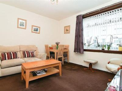 12/1 Stenhouse Avenue West, Edinburgh, EH11