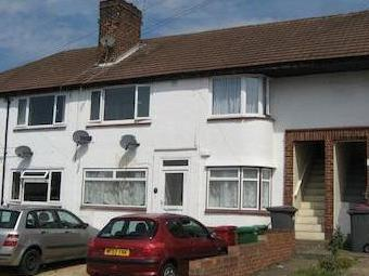 Lancaster Avenue, Farnham Royal, Slough Sl2