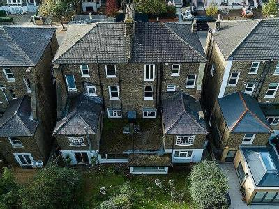 DEVELOPMENT OPPORTUNITY OFFERS EXCESS OF 3.1M, QUEENS DRIVE, LONDON N4