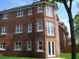 Amy Gardens, Hamble, Southampton SO31