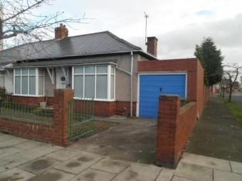 Derby Crescent, Hebburn NE31 - Garage