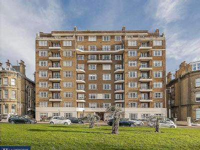Grand Avenue, Hove, East Sussex, BN3