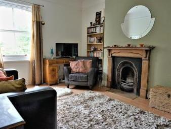 Tisbury Road, Hove BN3 - Fireplace