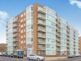 Channings, Kingsway, Hove BN3 - Flat
