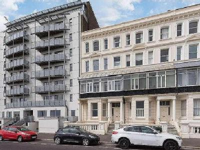 Kingsway, Hove, BN3 - Lower Ground