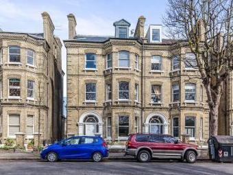 Cromwell Road, Hove BN3 - Apartment
