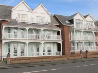 Marine Parade West, Lee-on-the-solent Po13