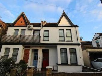 Leigham Court Drive, Leigh-on-sea, Essex Ss9