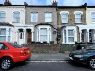 Flat for sale, The Avenue N17 - Patio