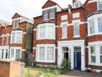 Clarence Road, London N22 - Flat