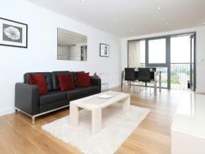 Bromley Road Se6 - Furnished, Balcony