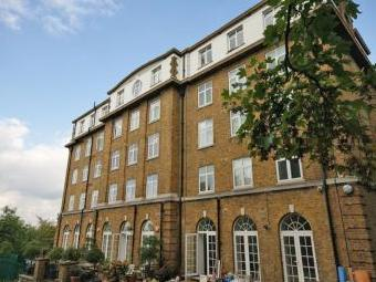 Vanbrugh Hill, London SE3 - Flat