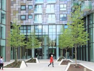 Lincoln Plaza, Talisman Tower, Millharbour, Canary Wharf, London E14