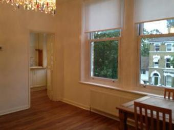 Thicket Road, London SE20 - Garden