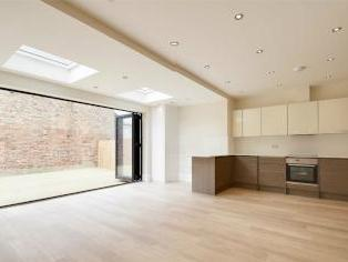 Tetherdown, Muswell Hill N10 - Patio