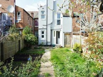Temple Road Nw2 - Garden, Furnished