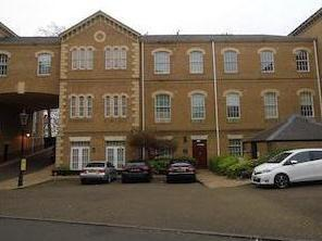 Princess Park Manor East Wing, Royal Drive, Friern Barnet N11