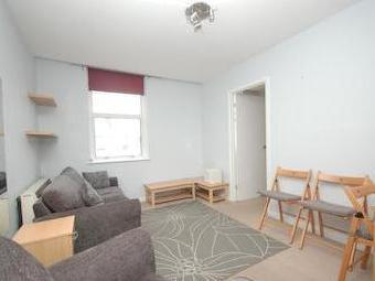 London Road Se1 - Double Bedroom