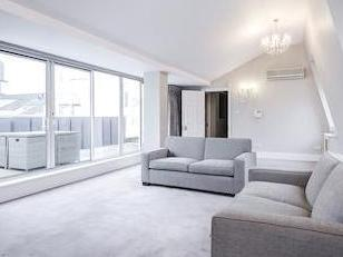 Carlyle Court, Chelsea Harbour Sw10
