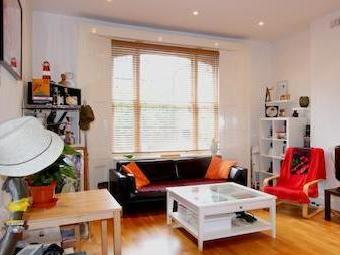 Flat to rent, East Hill Sw18