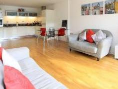 Millharbour E14 - Double Bedroom, Gym