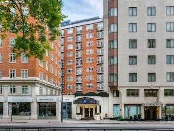 Park Lane, Mayfair W1k - Refurbished