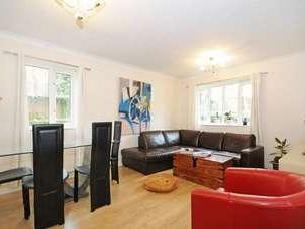 Queens Walk, W5 - En Suite, Garden