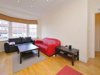 Flat to let, Queensway W2 - Lift