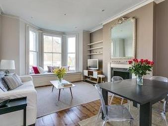 St Marks Road W10 - High Ceilings