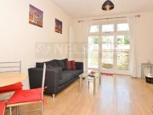 Edgeley Lane, Clapham SW4 - Flat