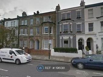Thornfield Road W12 - Double Bedroom