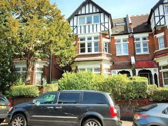 Clifton Road, Crouch End N8 - Garden