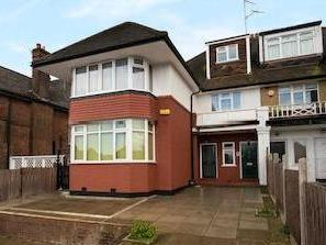 Finchley Road Nw11 - Double Bedroom