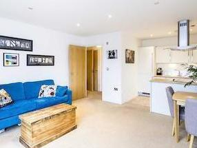 Flat for sale, Oval Road Nw1
