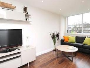 Hurstway Walk W11 - Double Bedroom